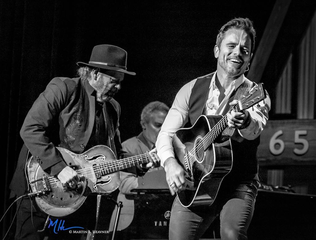 Deacon (Chip Esten) Rocks the Ryman - Nashville - ID: 15513669 © Martin L. Heavner