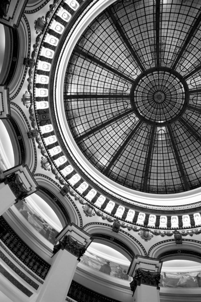 ceiling in black & white