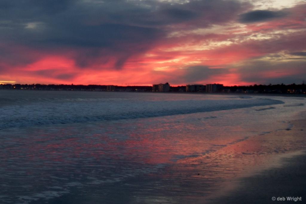 Sunset at beach - ID: 15519347 © deb Wright