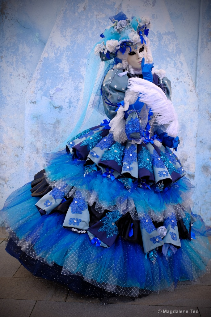Venice Carnival: Color Series - Blue Beauty - ID: 15521068 © Magdalene Teo