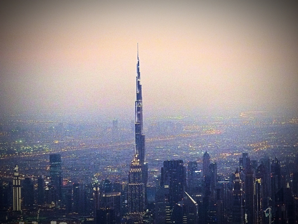 Burj Khalifa - from the air - ID: 15523570 © Mary-Anne Benusis