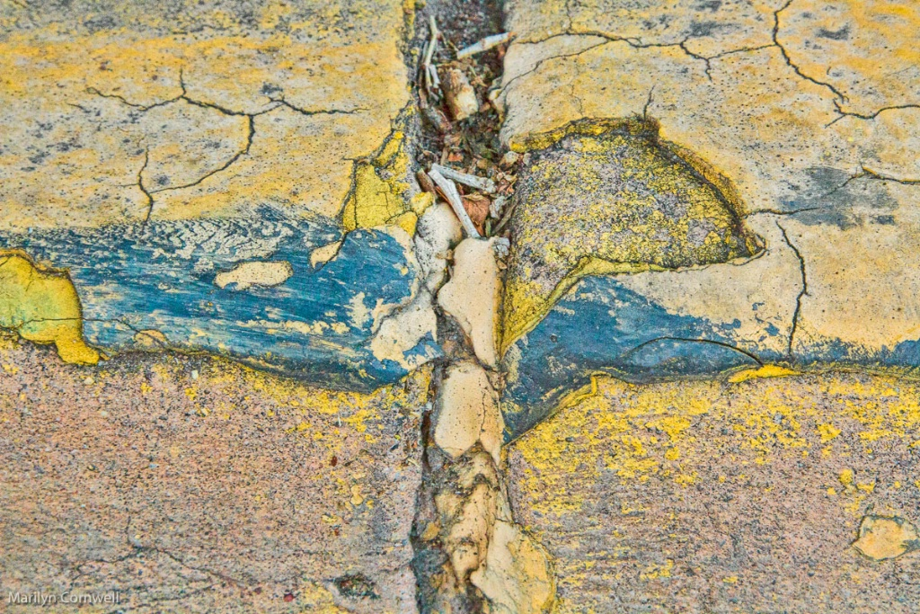 Santa Fe Abstract - II - ID: 15524471 © Marilyn Cornwell