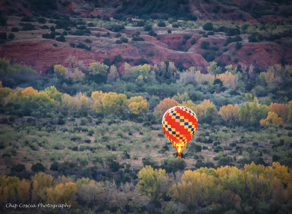 Pirates Of The Canyon Balloon Rise - ID: 15542975 © Chip Coscia
