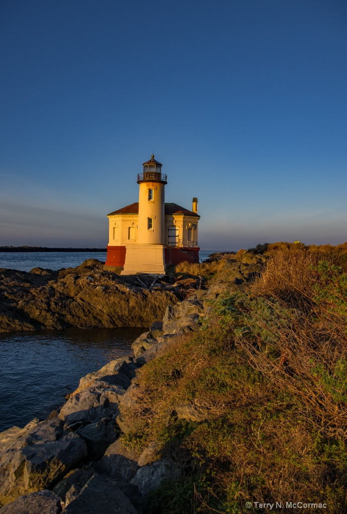 Coquille River Lighthouse - ID: 15547420 © TERRY N. MCCORMAC