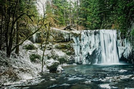 Winter At The North Falls