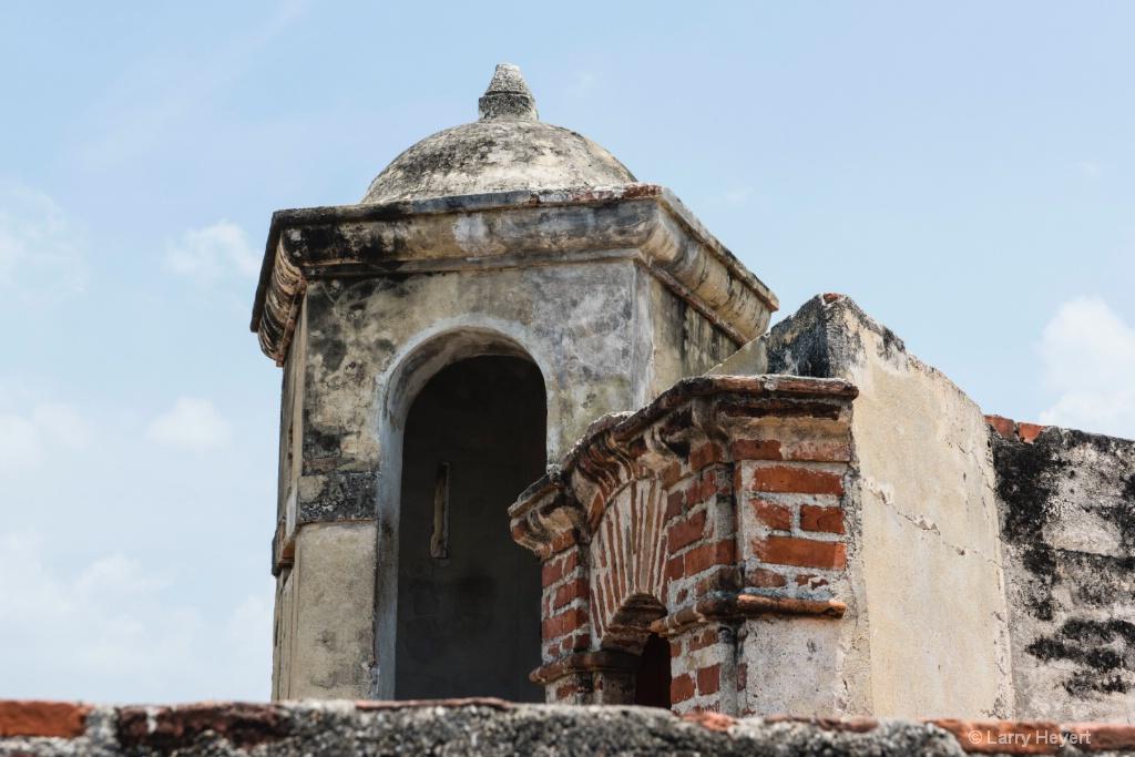 Castillo San Felipe # 4 - ID: 15549998 © Larry Heyert