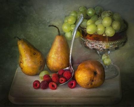 Fruity Menageie