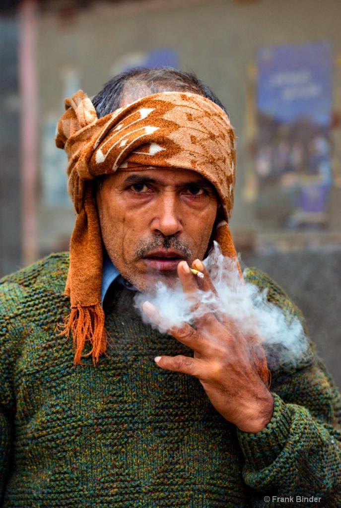Smoking - ID: 15573370 © Frank Binder