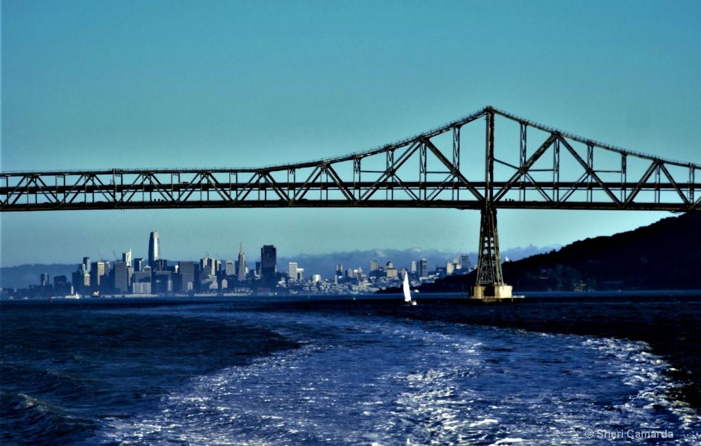 Leaving San Francisco - ID: 15583317 © Sheri Camarda