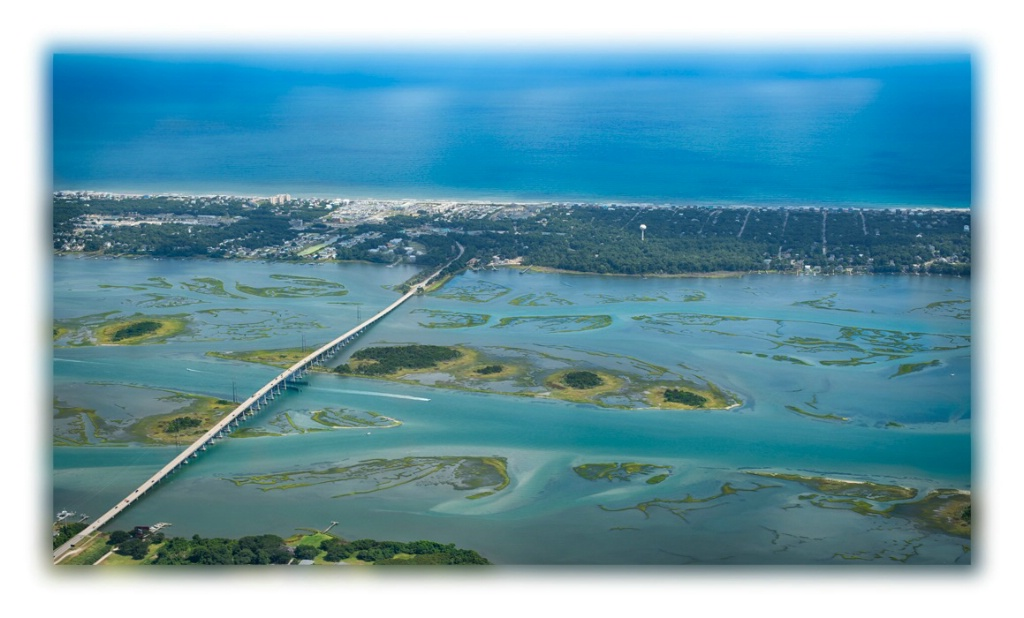 Bridge to Emerald Isle - ID: 15603395 © Cathy Martin