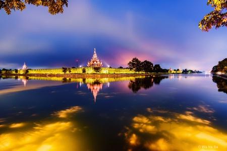 Good morning on Mandalay palace.