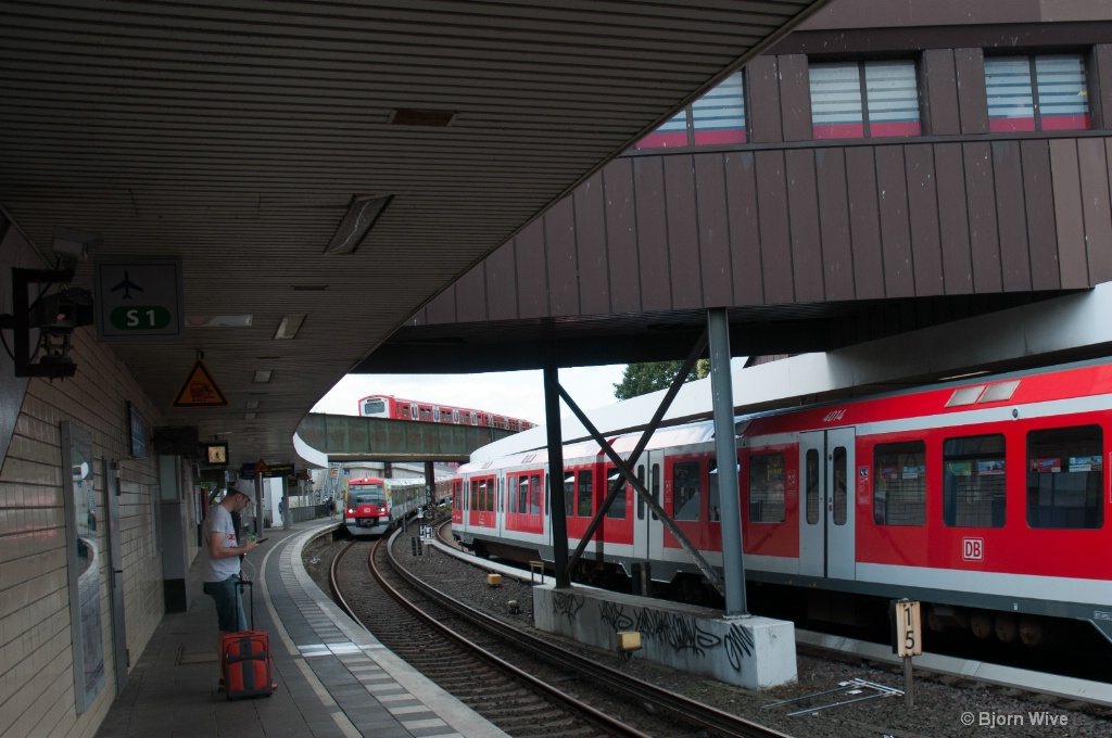 3 trains