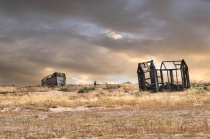 Wrecked boat and Hut in Dungeness 2