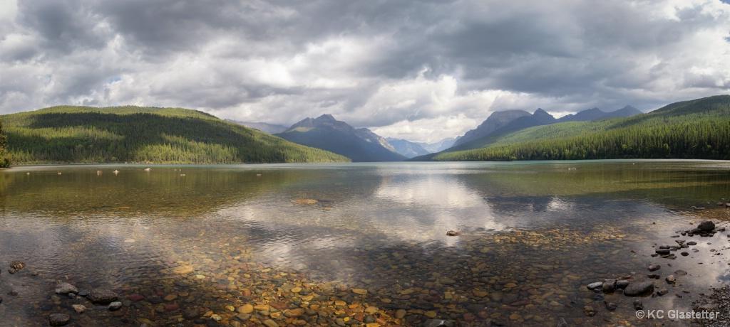 Bowman Lake - ID: 15621369 © KC Glastetter