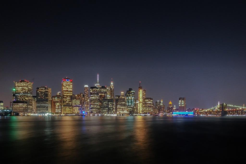 Big Sky over Manhattan - ID: 15626098 © Nancy Auestad