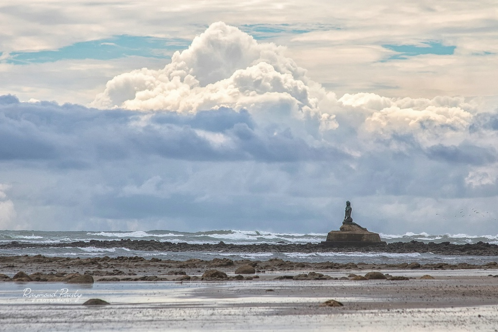 The Mermaid and The Clouds