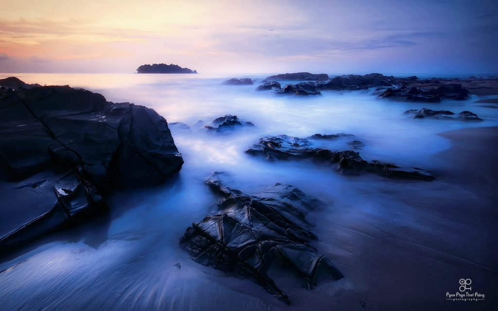 Movement of the waves - ID: 15633888 © Pyae Phyo Thet Paing