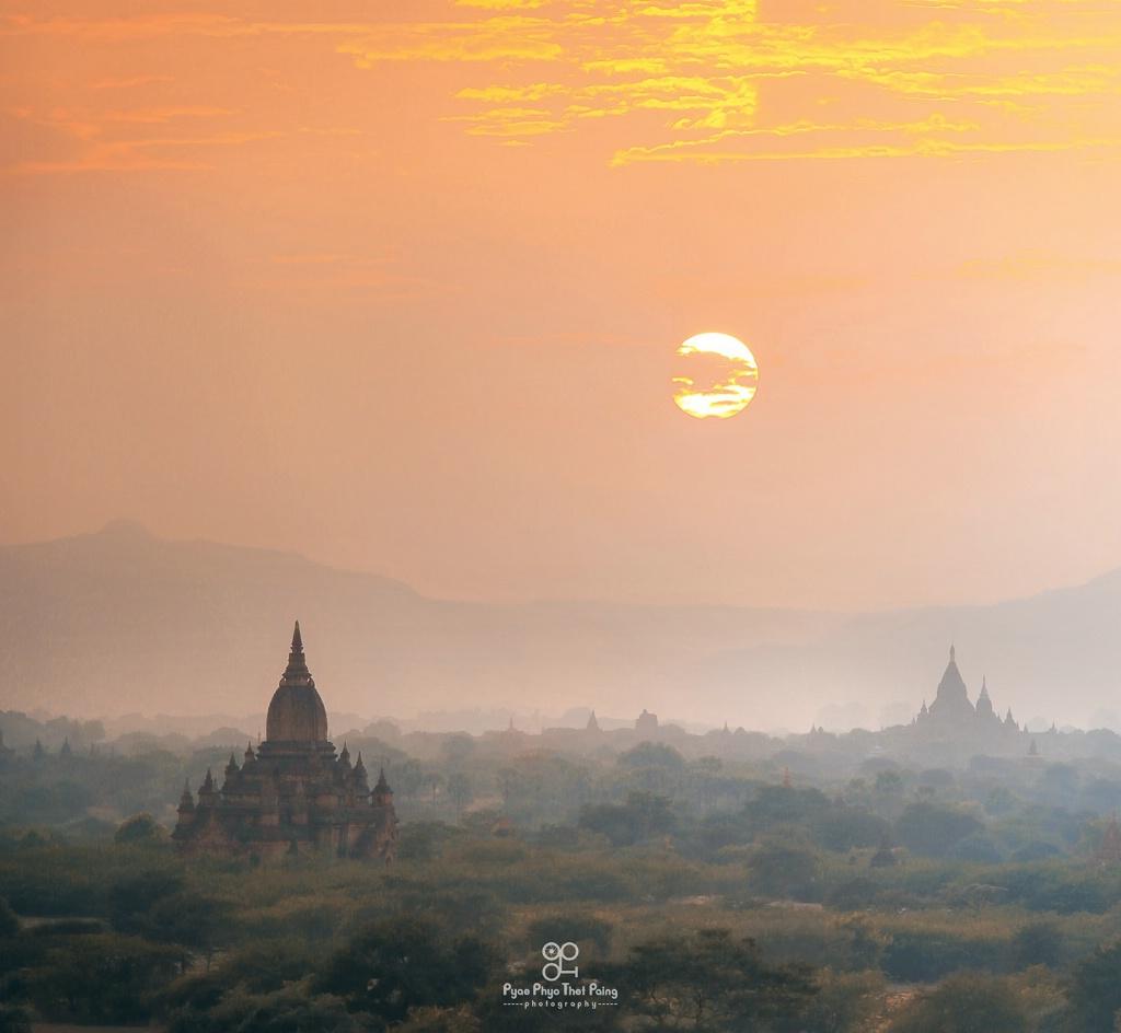 The Sun Over Bagan - ID: 15633986 © Pyae Phyo Thet Paing