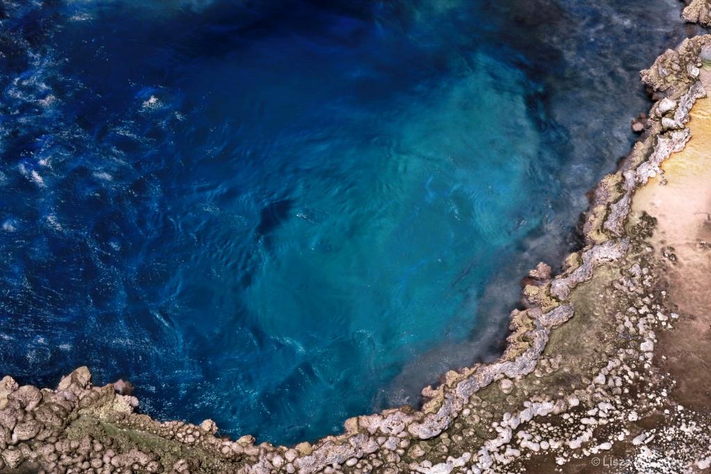 Blue Pool - ID: 15637654 © Lisza M. Coffey