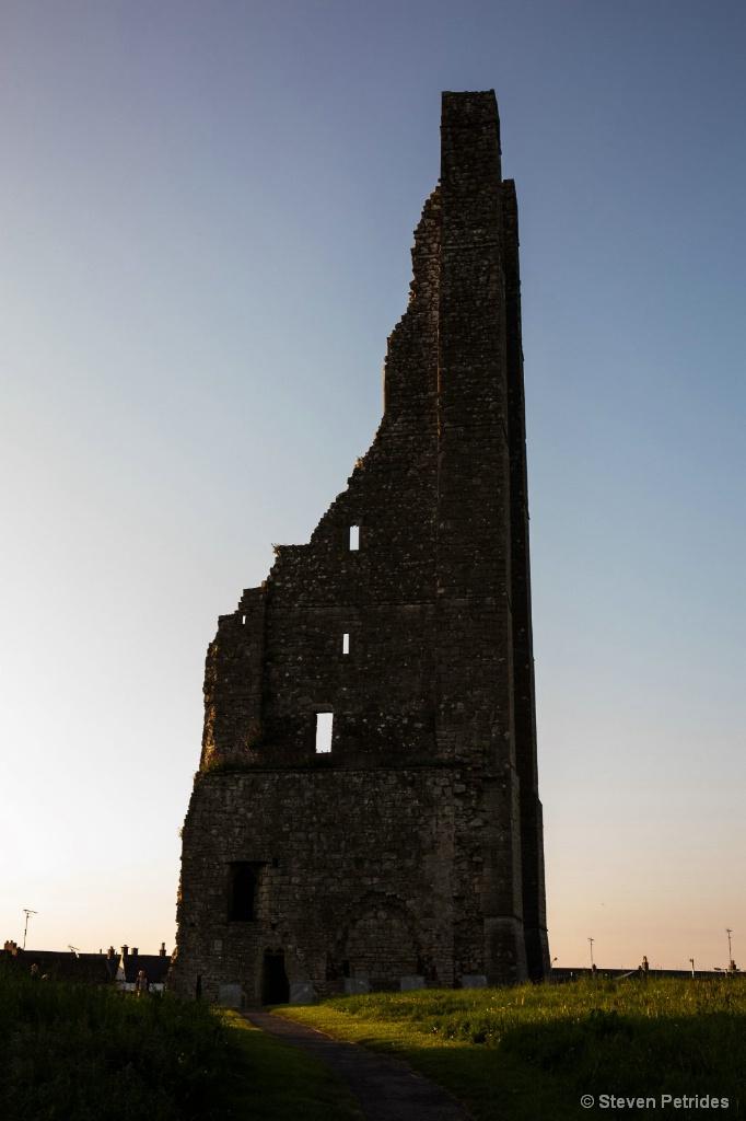 Silouette Trim Castle - ID: 15655134 © Steven Petrides