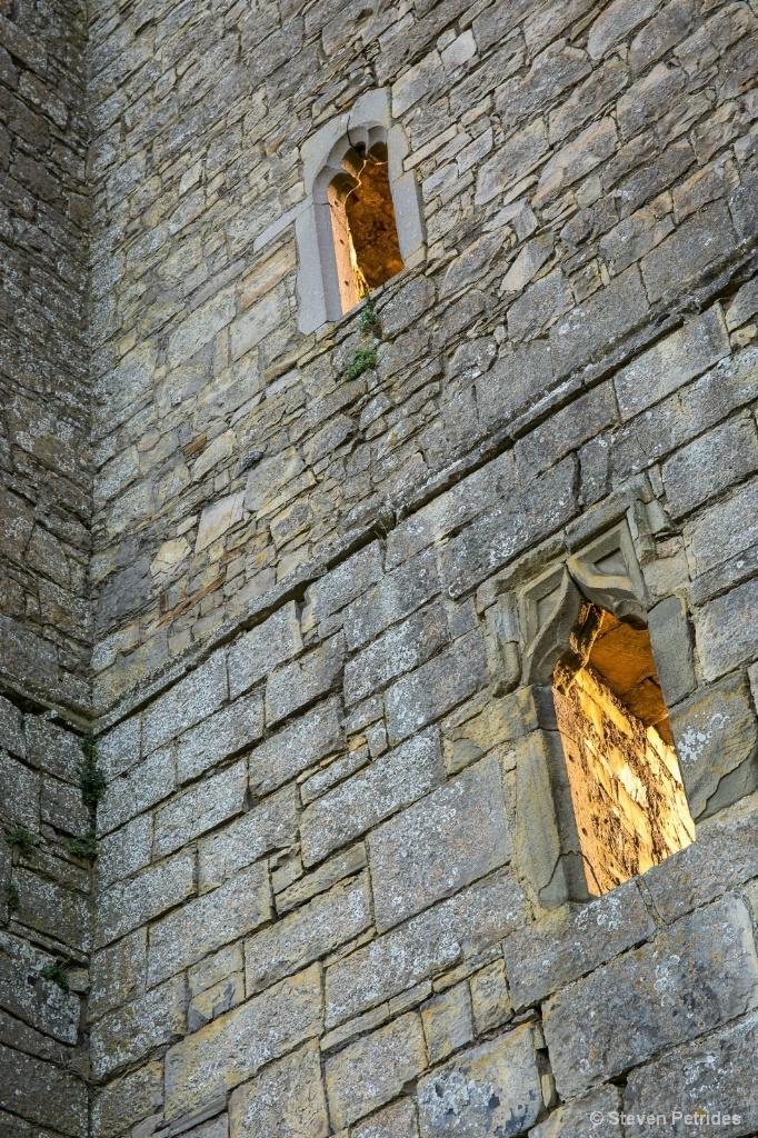 Trim Castle Windows - ID: 15655184 © Steven Petrides