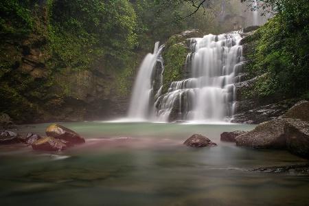 Nauyaca waterfall