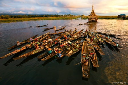 Floating Market in Inle