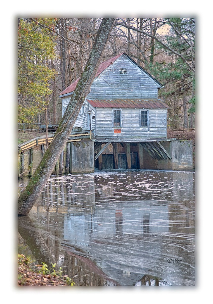 Hare's Grist Mill .... winton nc - ID: 15674630 © Cathy Martin