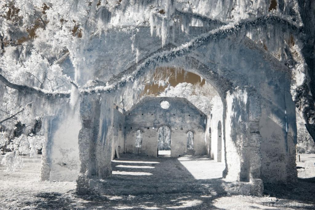 Chapel of Ease - ID: 15676593 © lisa dimondstein