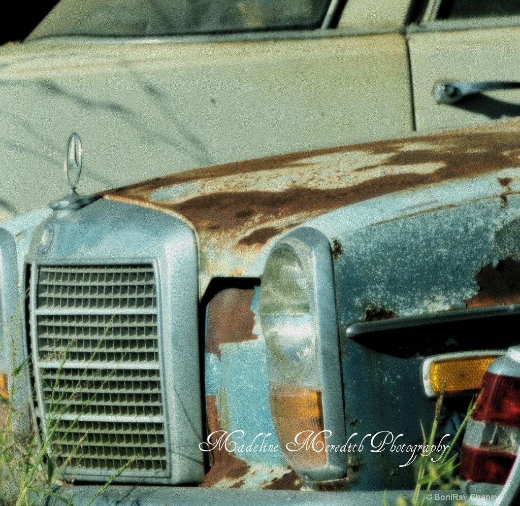 Old cars and trucks - ID: 15678426 © BoniRay Chaney