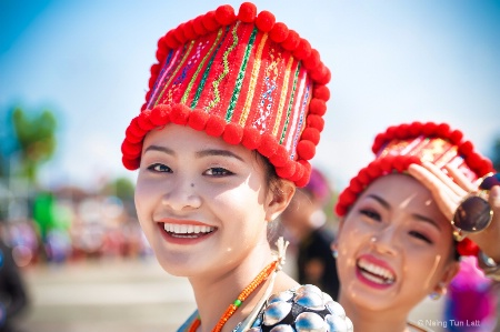 Kachin girls
