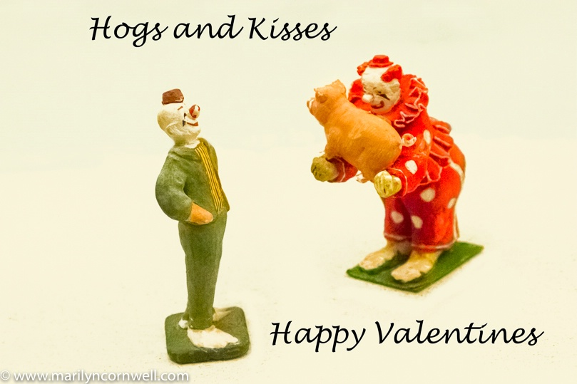 Hogs and Kisses Valentine - ID: 15680613 © Marilyn Cornwell