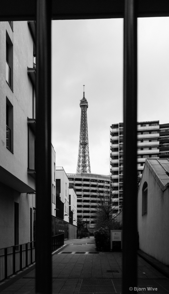 Eiffel tower, framed
