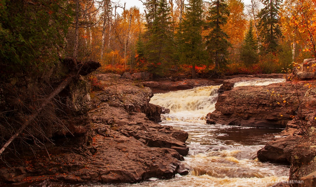 Fall waterfall - ID: 15702469 © Roxanne M. Westman